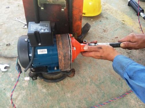 Modifikasi Mesin Potong Rumput Bensin Menjadi Tenaga Listrik Catatan Seorang Planter
